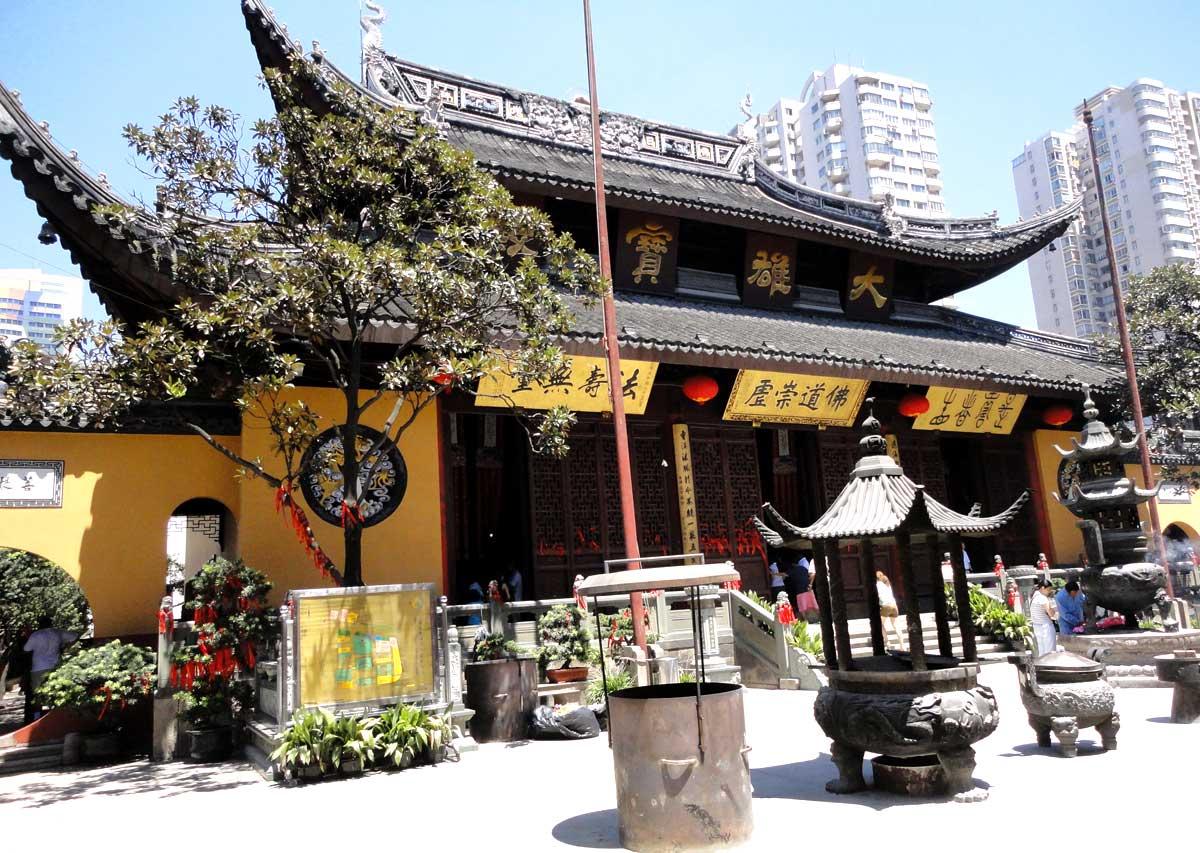 Templo do Buda de Jade, onde existe a maior estátua de Jade do mundo, em Shanghai