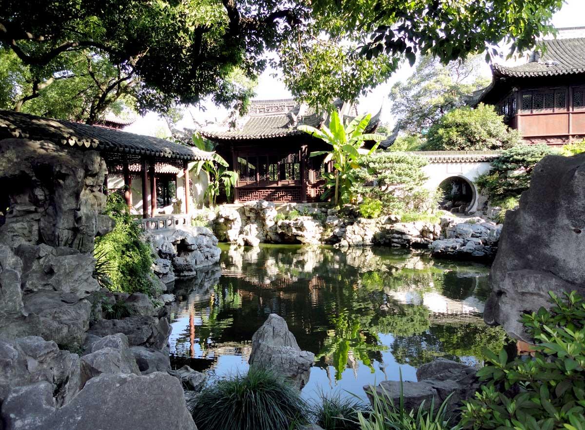 Visitamos o Jardim Yuyuan, uma casa de jardim com mais de 400 anos de história, em Shanghai