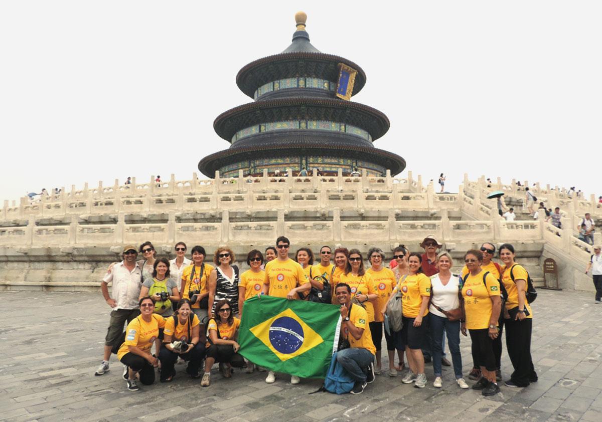 Algumas pessoas de nosso grupo no Templo do Céu em Beijing, Província de Hebei
